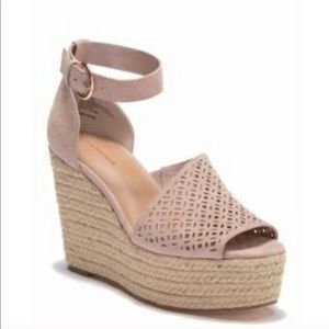 14th & Union Theryn-Fab Taupe Espadrille Wedges